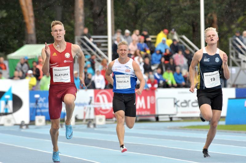 Kalevan kisoissa 100 metrillä yllätysmestariksi juossut Konsta Alatupa mietti talvella jopa välivuoden pitämistä kilpajuoksusta.