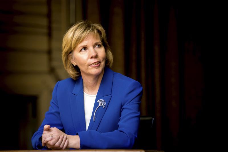 –Olen erittäin kiitollinen siitä, että saan toimia maamme oikeusministerinä, sanoo 1500 päivää ministerinä toiminut Anna-Maja Henriksson.