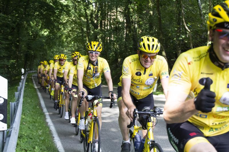 Team Rynkeby Vaasa matkalla kohti Pariisia heinäkuun alussa.  Tässä poljetaan pyöräilijän unelmamatkaa.