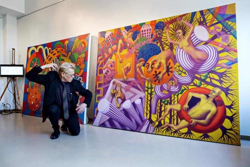 Juha Raution näyttelyssä klassisen taiteen muodot kohtaavat nykyaikaisen mediaympäristön.