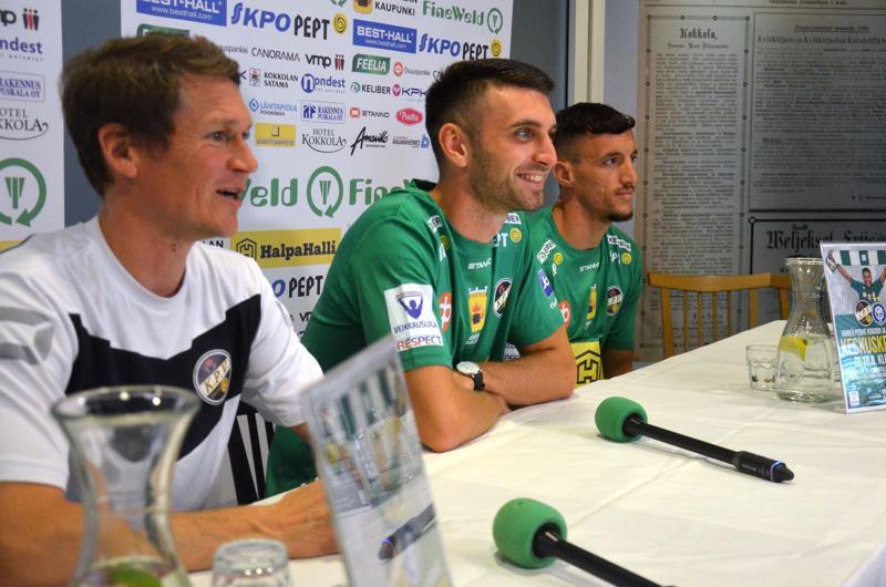 Valmentaja Jani Uotisen mukaan Stefan Umjenovic ja Hysen Memolla antoivat ensimmäisissä oikeissa treeneissä hyvän ensivaikutelman.