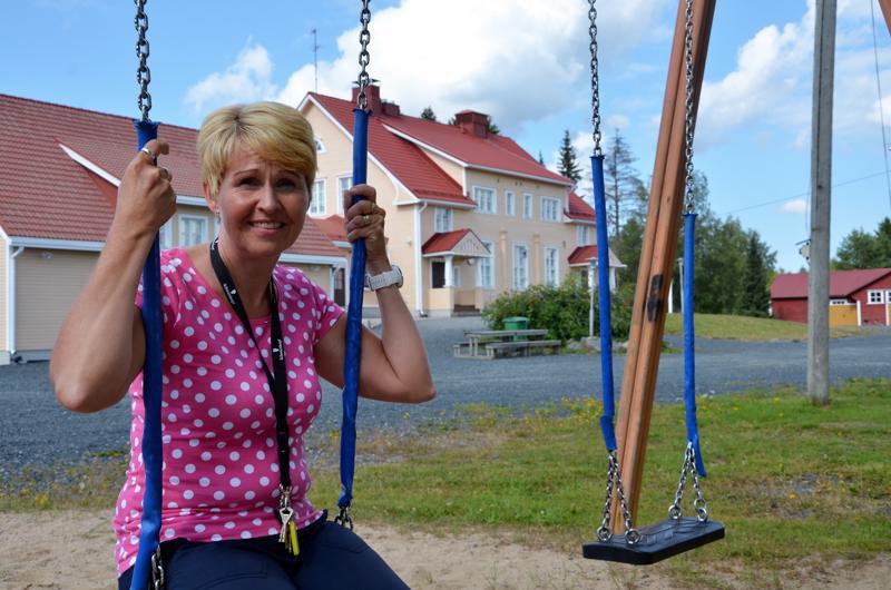 Marjo Salminen työskentelee 3.-4. luokkien opettajana Puumalan koulussa Kaustisella.