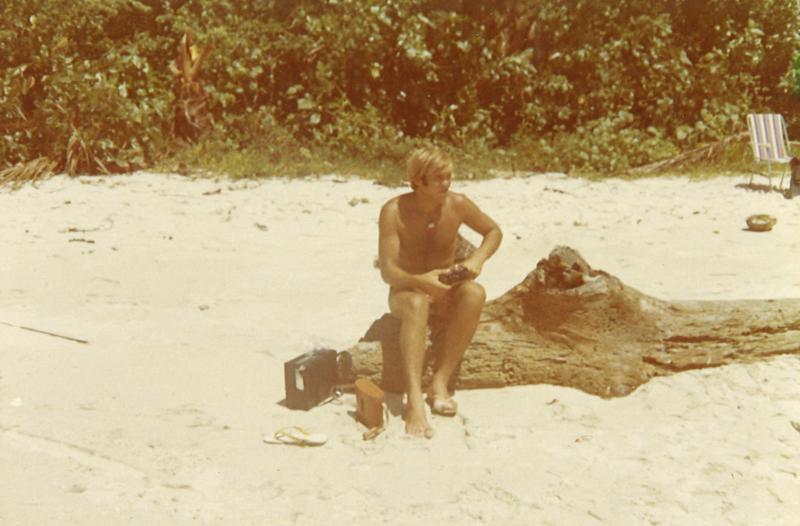 Saarenpää haluaa vielä joskus palata tälle rannalle, jossa hän asui työskennellessään Uudessa-Guineassa