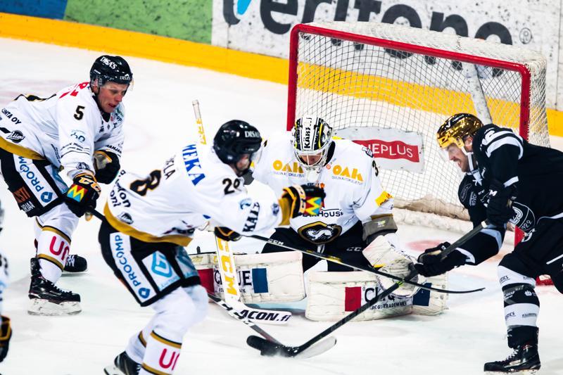 Oulun Kärpät ja TPS pelaavat perjantaina harjoitusottelun Pyhäjärvellä.