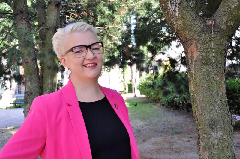 Eeva Välikangas on kiinnostunut kansainvälisestä kamaritoiminnasta. Hän onkin puheenjohtajavuotensa jälkeen menossa kansainväliseksi strategiakouluttajaksi.