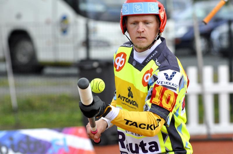 Tuomo Raution edustama Ylivieskan Kuula ei pystynyt varmistamaan sarjapaikkaansa miesten Ykköspesiksessä sunnuntaina.