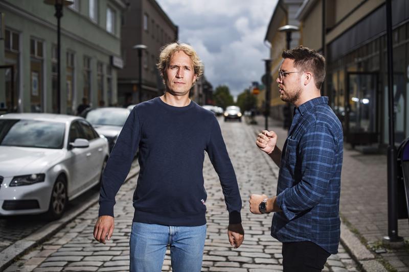 Juho Alakärppä (vas.) ja Aarne Pelkonen ovat työskennelleet lied-duona yli kymmenen vuotta.