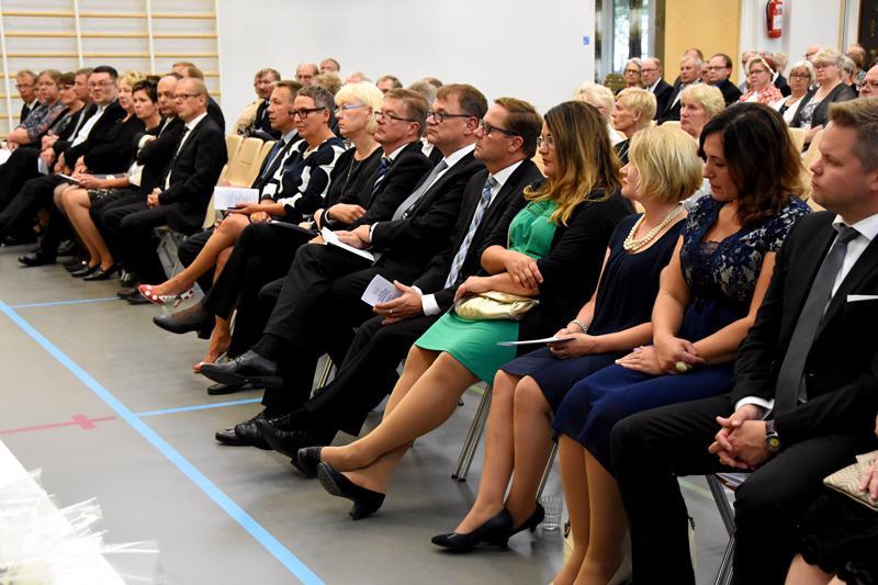 Haapavedelle perustettiin Maalaisliiton paikallisosasto 10. elokuuta 1919. Nykyisin se toimii Keskustan Haapaveden kuntayhdistys ry. nimellä. Puolueen puheenjohtaja Juha Sipilä totesi pitkän menestyksen yhdeksi salaisuudeksi sen, että Maalaisliitto on ollut alusta asti enemmän kuin maataloustuottajien luokkapuolue.