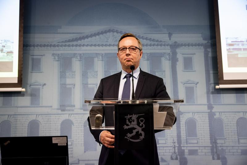 Valtiovarainministeri Mika Lintilä esitteli budjettia 14. elokuuta. Hallituksen budjettiriihi on 17.–18. syyskuuta.