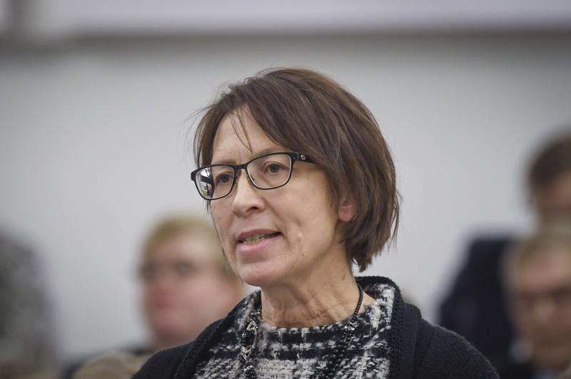 Kristillisdemokraattien puheenjohtaja Sari Essayah on toipunut hyvin rintasyöpäleikkauksesta.