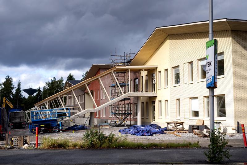 Chydeniuksen koulun rakentaminen on edennyt aikataulun mukaan. Oppilaat pääsevät asettumaan uuteen kouluun vuoden alussa.
