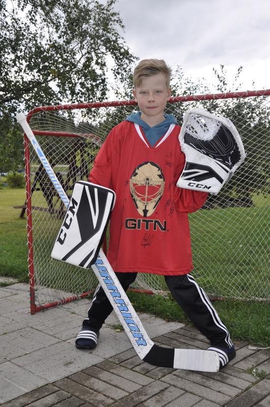Hyvää nimipäivää Iivari! Kannuslainen Iivari Widgren on äidin mukaan iloinen, reipas ja vilkas kolmosluokkalainen.