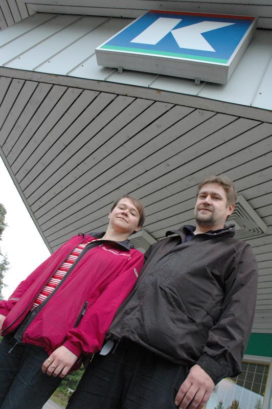 K-kauppiaspariskunta oli vaihtunut. Kauppiaana aloittivat Anne Rahko ja Mika Kiljander.