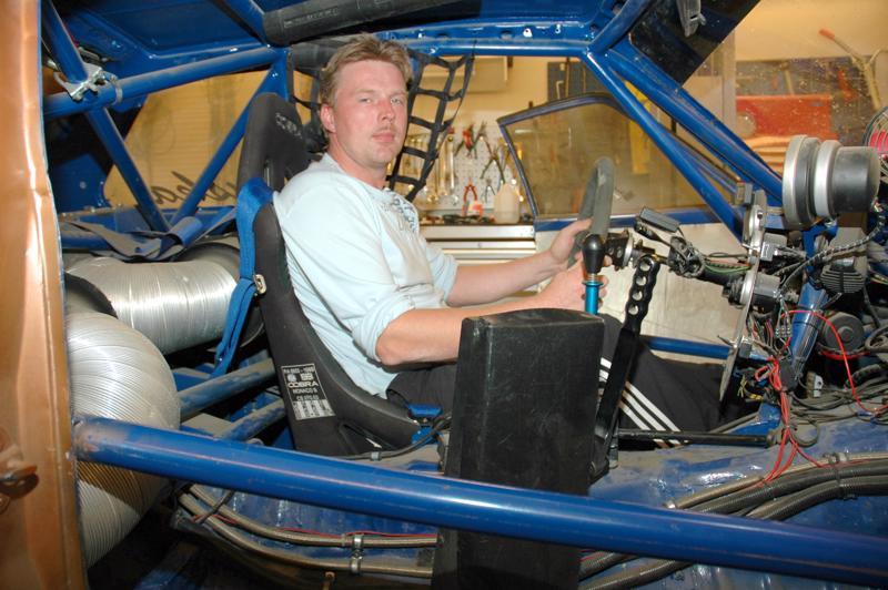 Tomi Ruuska oli rakentanut kilpa-autonsa Toyota Starletin runkoon.
