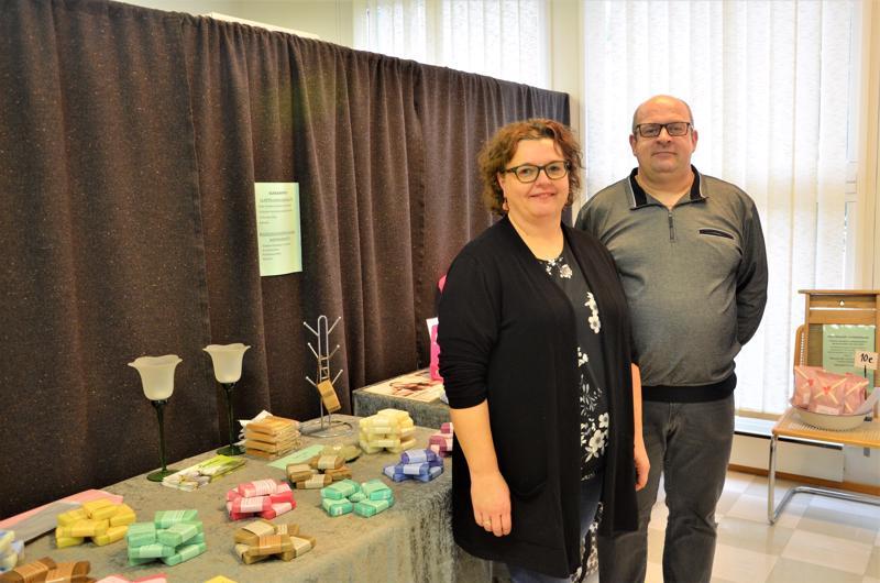 Luontevan kauppiaat Eija ja Marko Latvala sukelsivat saippuakaupan maailmaan vuonna 2015.