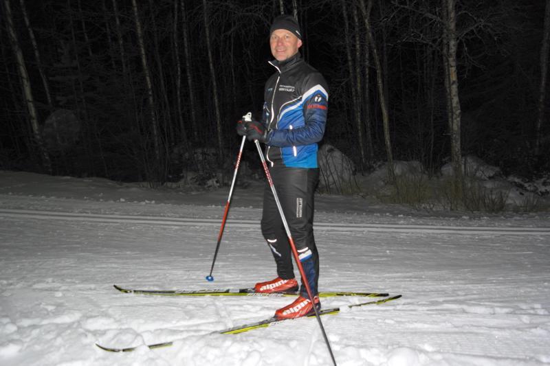 Oman mielen ja kunnon ylläpitäminen saa pietarsaarelaisen Keijo Piippolaisen hiihtämään.