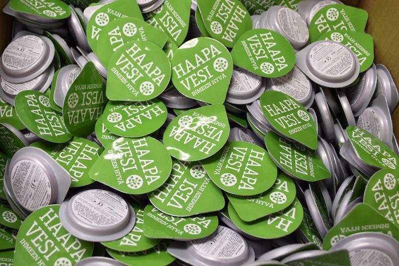 Haapaveden nuorisotoimi on hommannut Ihmeen hyvä Haapavesi -logolla varustettuja kondomeja, joita jaetaan nuorille tapahtumissa ja kouluterveydenhoitajien vastaanotolla. Sosiaali-  ja terveysministeriö sekä Terveyden- ja hyvinvoinninlaitos suosittelevat, että kunnat tarjoaisivat nuorille maksutta myös pitkäaikaisen ehkäisyn. Monissa kunnissa suositusta jo noudatetaan.