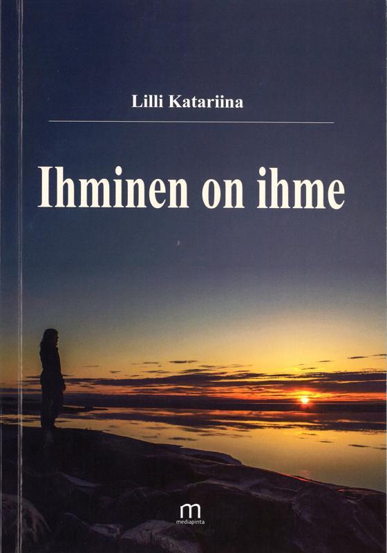 Runoilija itse löytyy tuoreen kirjan kansikuvasta, jonka on ottanut hänen kihlattunsa Tomi Karjalainen.
