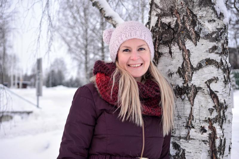 Johanna Herrala on Kirkonmäen asukasyhdistyksen puheenjohtaja.