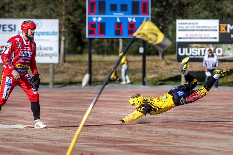 Ylivieska ja Kannus putosivat kauden päätteeksi ykköspesiksestä. Pöytyä luopui nyt paikastaan maan toiseksi korkeimmalla tasolla. Kuva viime kesän Kannus-Pöytyä -ottelusta.