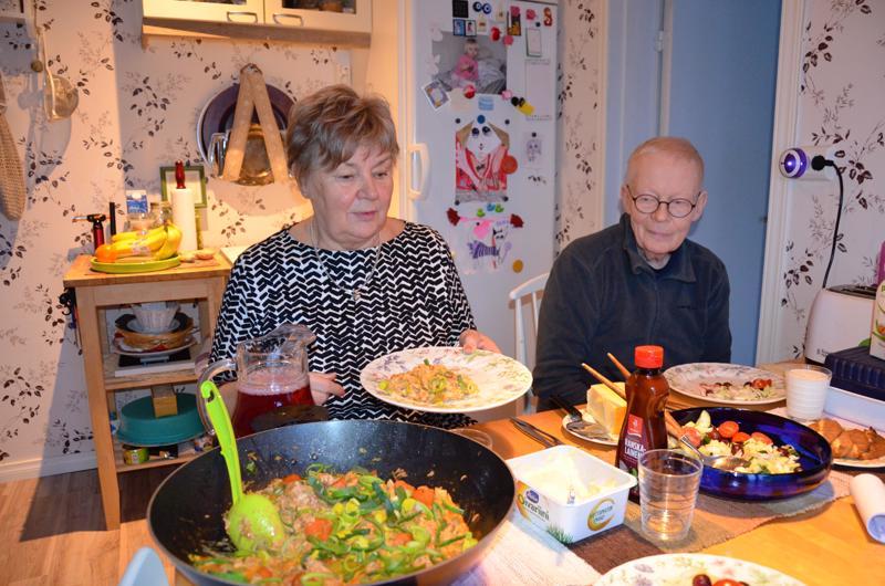 Mattilalla syödään gluteenitonta ja laktoositonta ruokaa. Seija Mattila kokkaa mielellään nopeita annoksia. Markku Mattila kehitteli aikanaan gluteenittomien sämpylöiden reseptin.