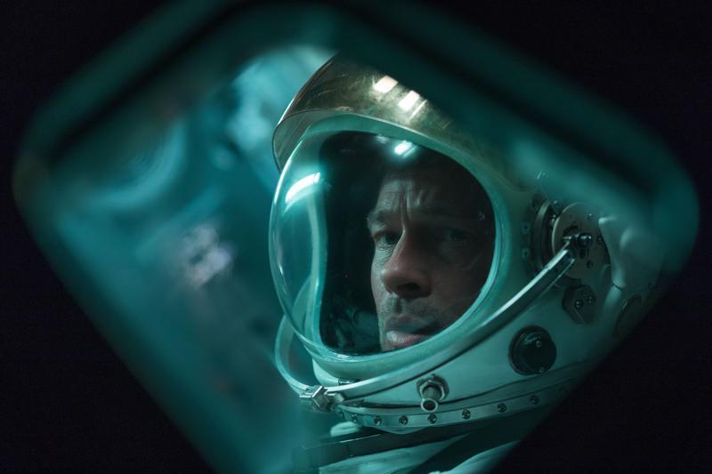 Heikki Kossi sanoo, että suurin haaste oli kuvitella mitä Brad Pittin avaruuspuvun sisällä tapahtuu.