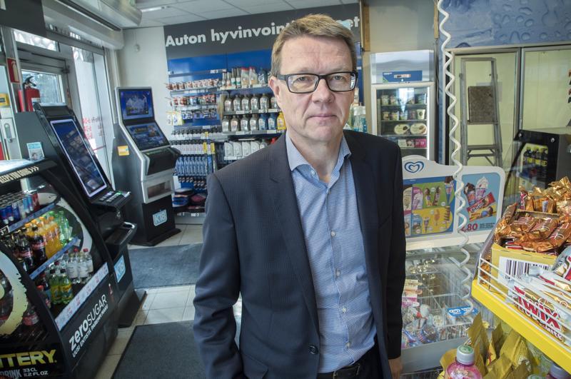 MaRan toimitusjohtajan Timo Lapin mukaan Veikkauksen olisi pitänyt odottaa rahapelien pakollisen tunnistautumisen vaikutuksia ennen päätöstä 3000 peliautomaatin poistosta.