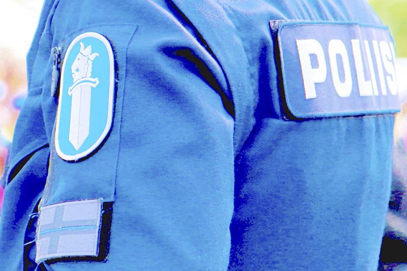 Poliisi etsii nyt Peugeot-merkkistä ajoneuvoa.