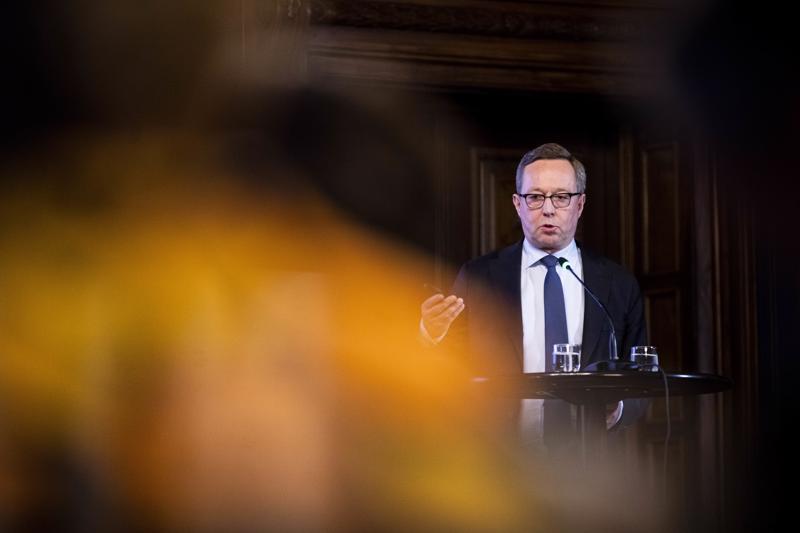 Valtiovarainministeri Mika Lintilä painotti, että hallituksella ei ole sellaista vaihtoehtoa, jossa työllisyystavoite jää toteutumatta, mutta menojen suunnitellut lisäykset toteutuvat.