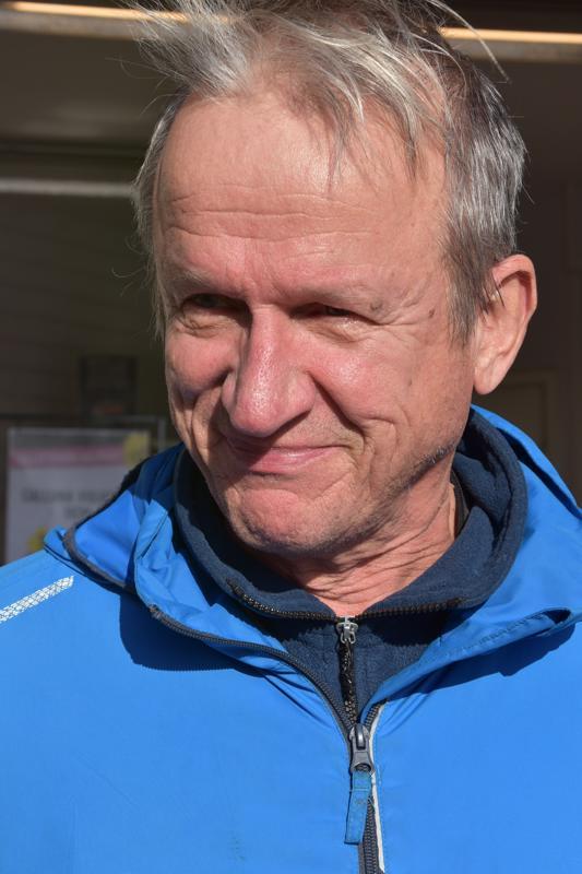 Juhani Eskola, Kannus- Kaikki käy.