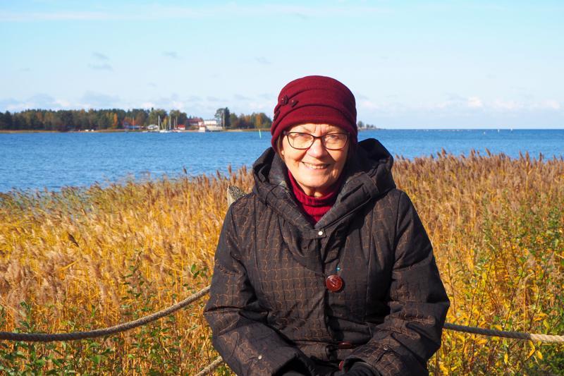 Kirsti Paukkunen rakastaa historiaa ja merta  - hänen valintansa on Halkokari.