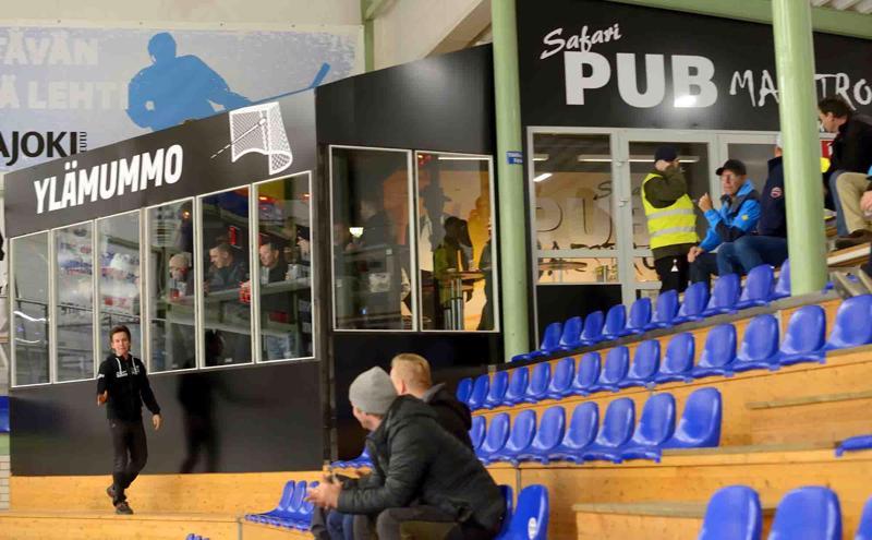 Pub Ylämummo oli ensimmäistä kertaa auki lauantaina.
