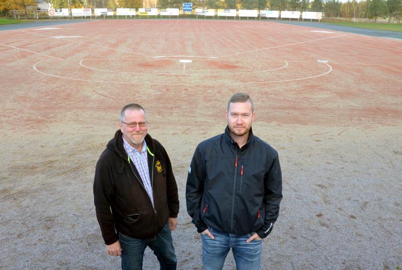 Kannuksen Uran pesäpallojaoston puheenjohtaja sekä tuore valmennuspäällikkö Eetu Rekonen korostavat pitkäjänteisyyden merkitystä, jotta Kitinkankaalla pelataan hyvää pesistä jatkossakin.