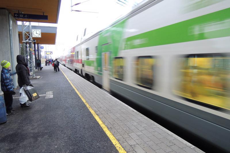 Joulukuun puolenvälin jälkeen Pännäisissä pysähtyy vähemmän kaukojunia. Yhteydet sujuvat kuitenkin lähes ilman junanvaihtoja.