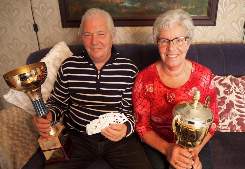 Kenneth ja Helena Hagström uhmasivat varoitusta pariskunnan yhteisestä pelaamisesta  - onneksi.