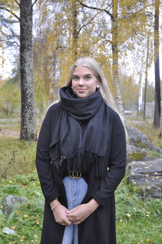 Onnea! Himankalainen Saana Heikkilä viettää nimipäiväänsä TET-harjoittelussa Oulussa.