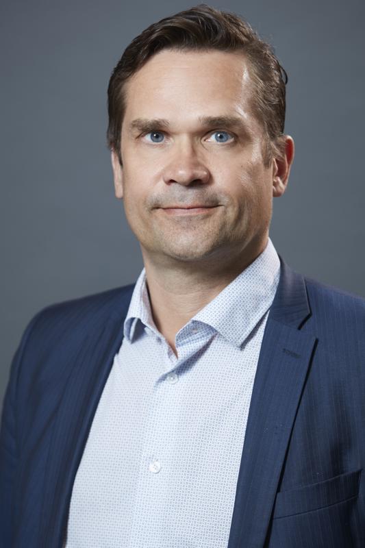 Mika Aaltola johtaa Ulkopoliittista instituuttia. Hän on erikoistunut Yhdysvaltojen sisä- ja ulkopolitiikkaan.