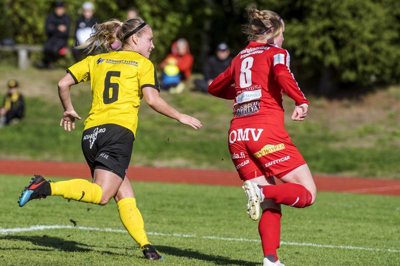 Myranin Viktoria Byskatan (6) ja ONS:n Lotta Niemelän (8) kilpajuoksu liigapaikan puolesta päättyi lauantaina Myranin eduksi.