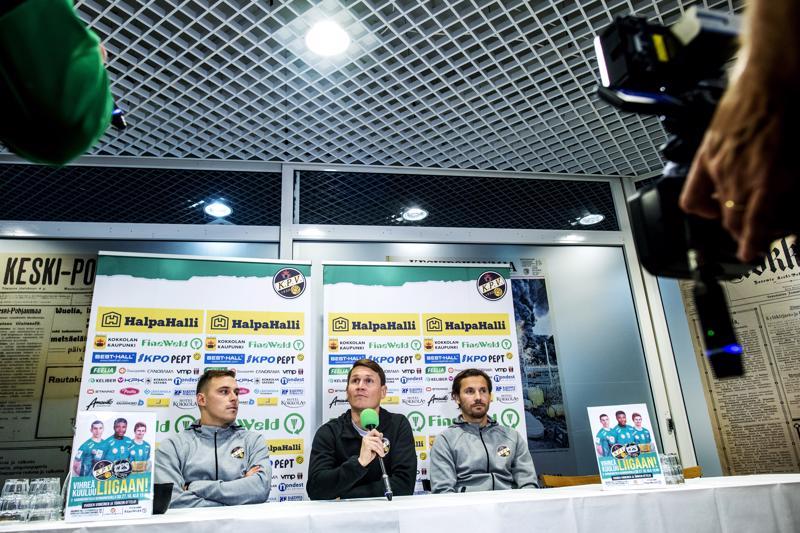 KPV:n leirissä kaikki pyritään tekemään mahdollisimman hyvin torstaina käynnistyvän liigakarsinnan alla. Juri Kinnunen, Jani Uotinen, Sebastian Mannström sekä muu KPV-joukkue matkaa Turkuun jo keskiviikkona.