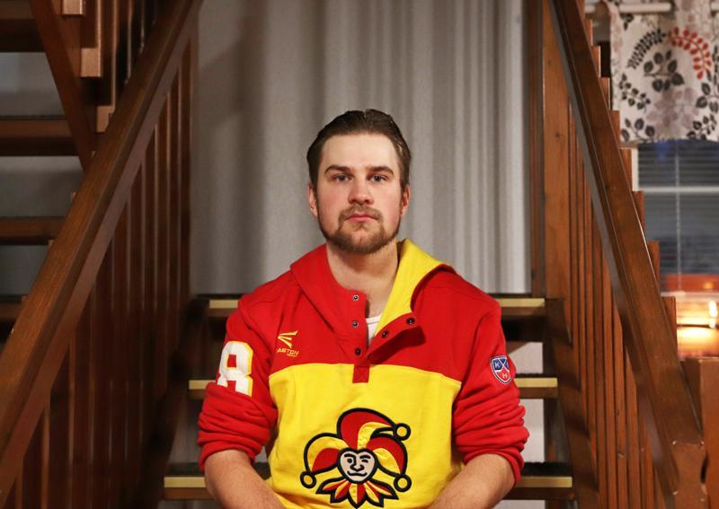 Rasmus Vuolteenaho on jääkiekko- ja golf-miehiä.