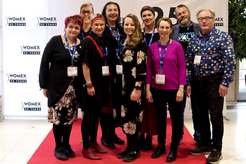 Kuvassa vasemmalta lukien Pirjo Karjalainen, kuvaan jälkikäteen lisätty Pauliina Perkkiö, Sirpa Lahti, Anna Dantchev, Sanna Pirttisalo, Teija Nikua, Piia Kleemola-Välimäki, Tero Palo ja Sauli Heikkilä.