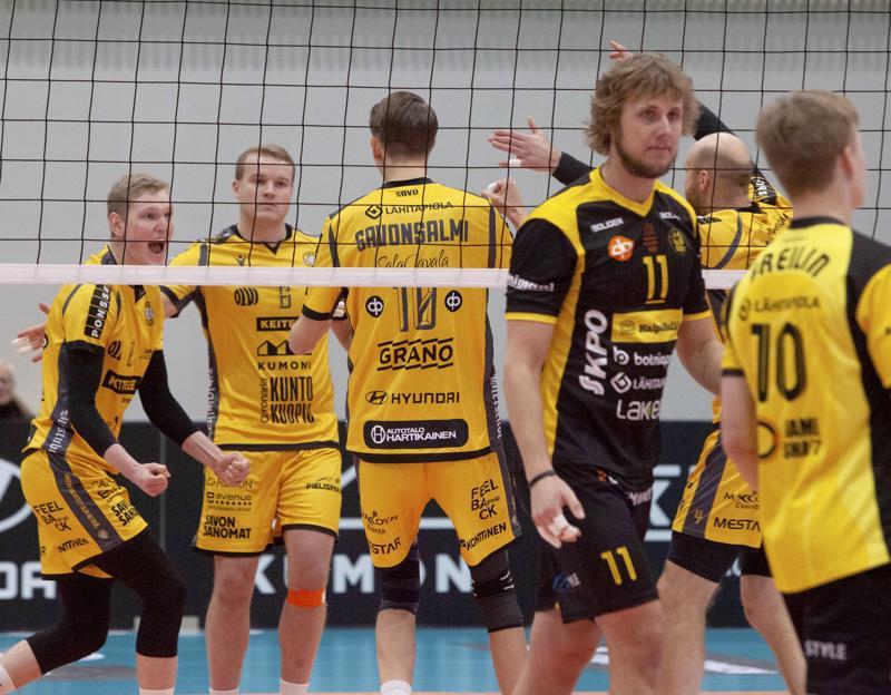 Antti Leppälää ja Niklas Breiliniä eivät savolaisjuhlat juuri kiinnostaneet.