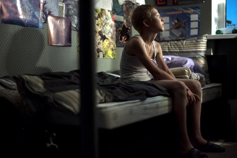 Venäläiselokuva Rakkautta vailla haluaa viedä epätoivon niin pitkälle, että toivo herää. Kadonneena poikana Matvei Novikov.