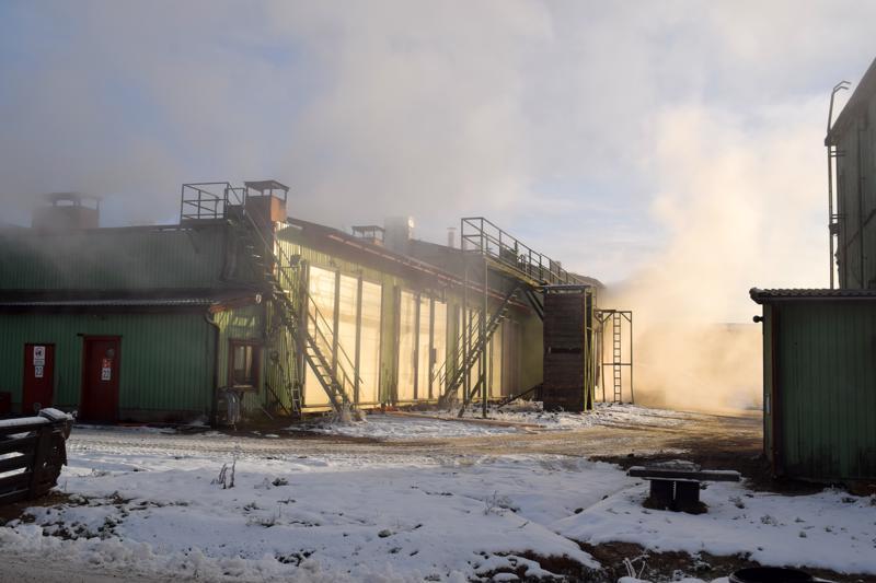 Hasan tehtaalla sattui tulipalo torstaina hieman ennen puoltapäivää.