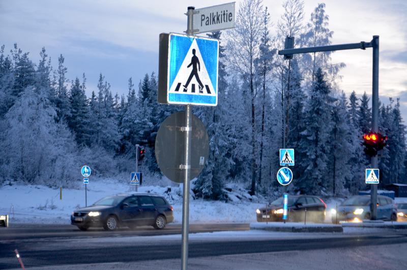 Savontien valoristeykseen tulevan Palkkitien liikenneturvallisuutta ollaan parantamassa alueen kevyen liikenteen väylällä.