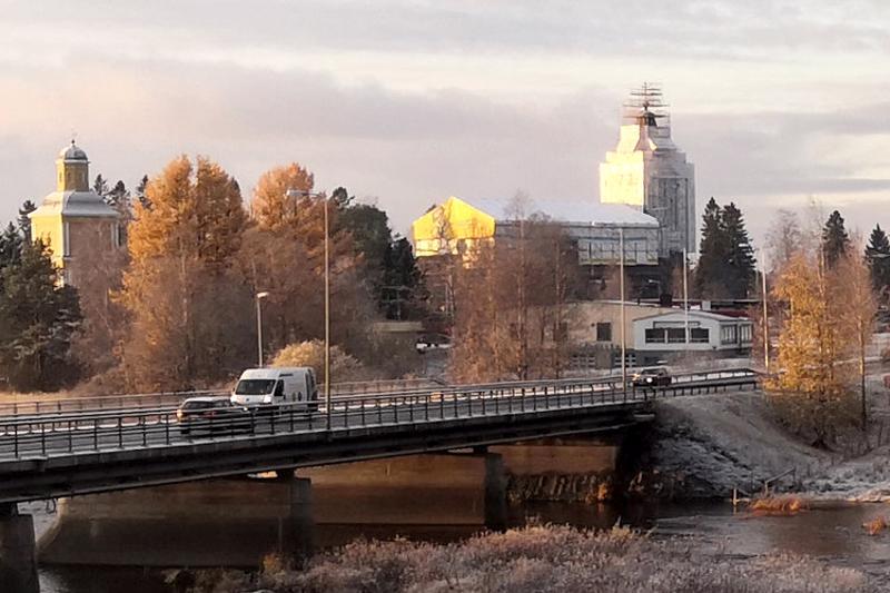 Kalajoen kirkon peruskorjauksen toinen vaihe saadaan päätökseen joulukuussa. Kolmas vaihe alkaa pääsisiäisenä.