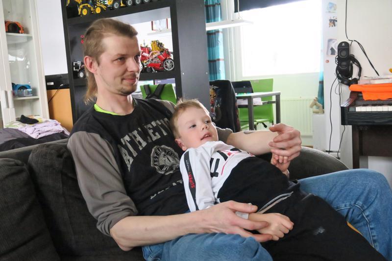 Matti ja Ami Moilanen ovat läheisiä toisilleen ja viihtyvät hyvin yhdessä.