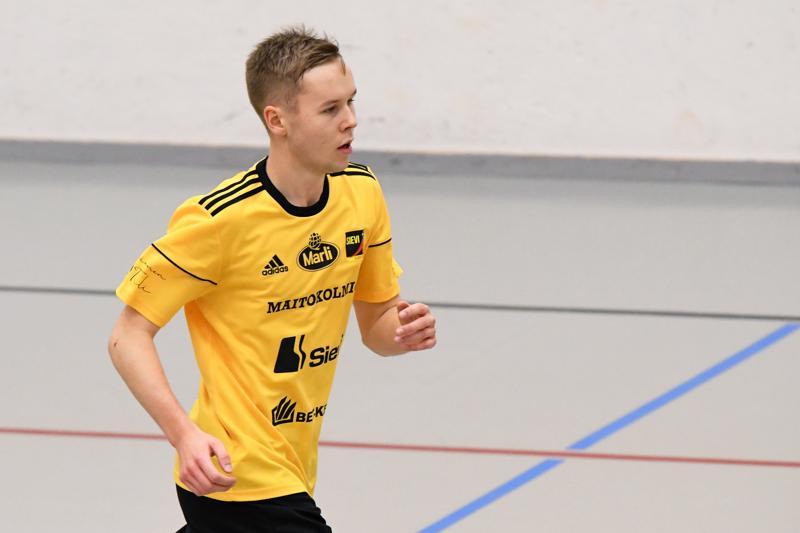 Sievi FS:n edustuksessakin vastuuta kantava Vilho Hanni iski keltamustille kolme osumaa kauden avausotteluissa.