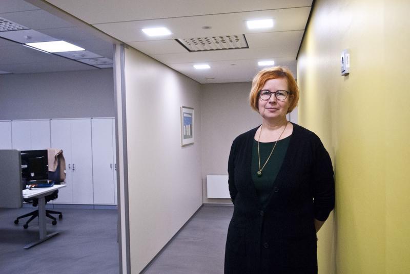 Kaupunkilupapäällikkö Minna Väisänen sanoo, että rakennusvalvonnan asiakaspalvelua pyritään kehittämään. Suunnitteilla on esimerkiksi ajanvarausjärjestelmä.