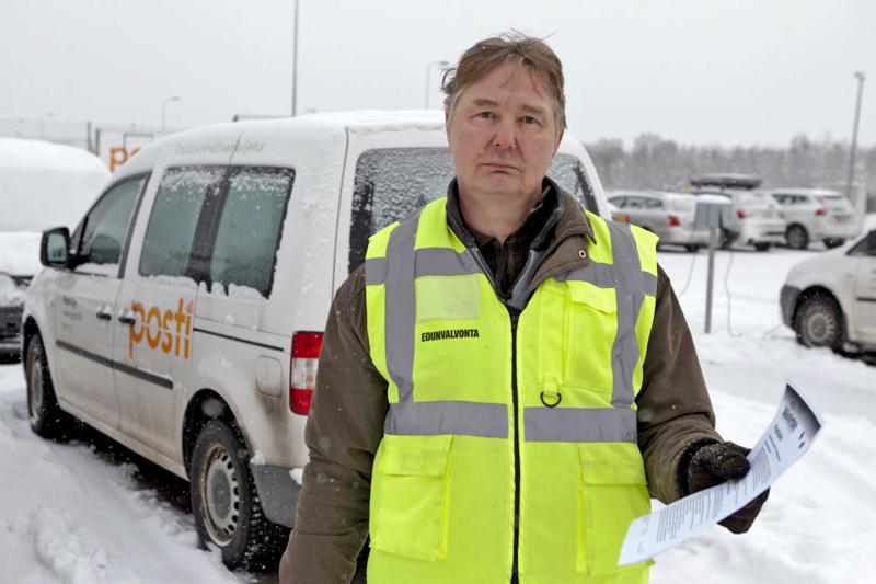 PAU:n pääluottamusmies Jyrki Sutinen on maanantaista asti ollut postilakossa Lapissa.